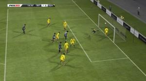 pro_evolution_soccer_2013_01