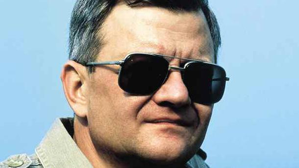 El escritor Tom Clancy fallece a los 66 años