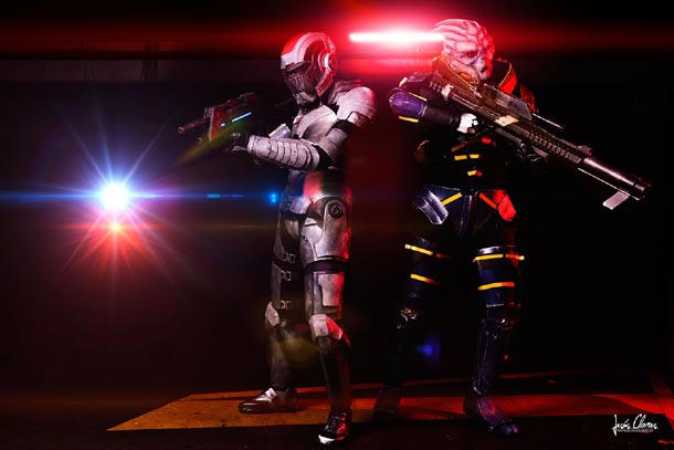 Commandante Shepard y Garrus