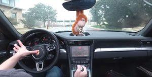 Doom en un Porsche 911